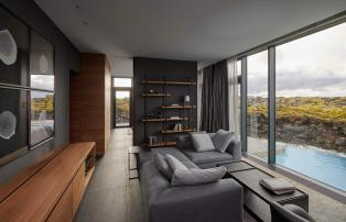 Europa Island Grindavik The Retreat at Blue Lagoon Lagoon_suite_living_room_area