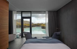 Europa Island Grindavik The Retreat at Blue Lagoon Lagoon_view_Junior_suite_1920
